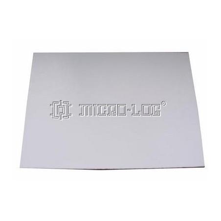 Cartón pluma de 250 x 3 x 350 mm.